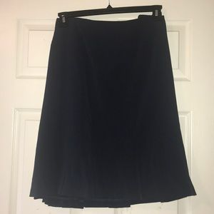 Pleat hem pencil skirt